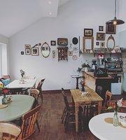 Hobcartons Tea Room