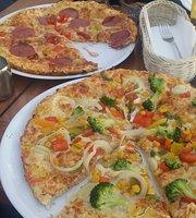 DeFacto Pizzeria & Bar