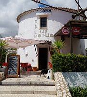 Moinho Cafe and Bar