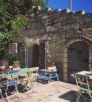 Diohej Cafe & Bistro