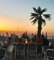 The Beach Bar Restaurant & Lounge