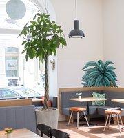 Midi Café & Bistrot
