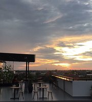 Chill Sky Bar & Restaurant