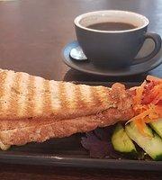 Triglets Cafe