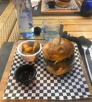 Jalar Beach Burger Bar