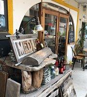Cafe&Bar Medium