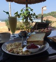 The Royal Mariposa Restaurant