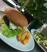 MundART Bistro & Cafe