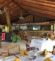 Le Chandelier Restaurante