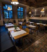 VINTAGE Restauracja Wino Sklep