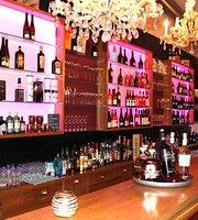 Paolo Cafe & Weinbar