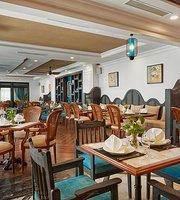 Bonne Vie Restaurant