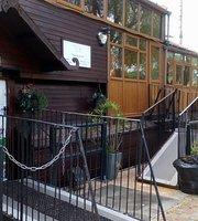 Vagabond Café & Restaurant