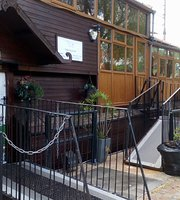 Vagabond Cafe & Restaurant