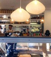 Cafe Monaka