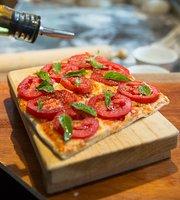 Luca Don Bardo Pizza