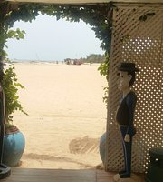 Beach House Saly Bar & Restaurant