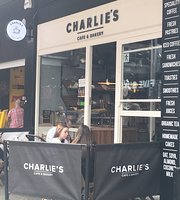 ‪Charlie's Cafe & Bakery‬