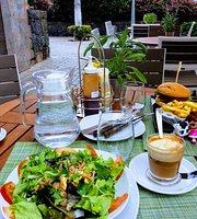 Baraka Cafe & Grill