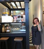 Lamprai & Spice Cafe