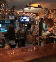 Bucktale Inn