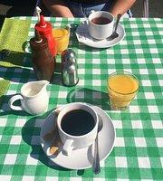 Cafe47
