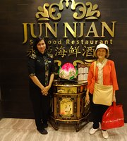 Jun Njan Seafood Restaurant