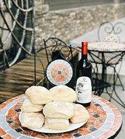 Dodici Wine & Tapas