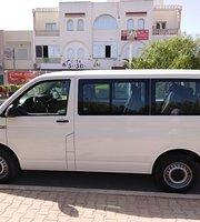 سيارات أجرة وحافلات نقل