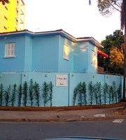 A Casa Azul Bistro