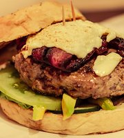 La Samgwcheria Burger