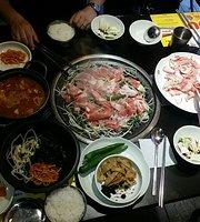 Dolbaegijib - Jongno Gwancheol