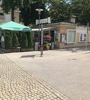Cafe am Brunnen