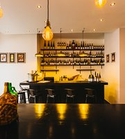 EPICUR - Wine Boutique & Bar
