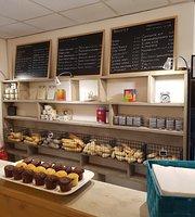 Mieny's Koffie & Broodjes Bar