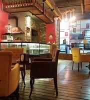 Bade'm Cafe & Bistro