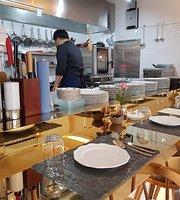 Dor Dining