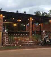 Sam's Pub N Bistro