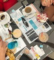 Mietowka Cafe