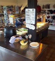 Hraunfossar restaurant-cafe