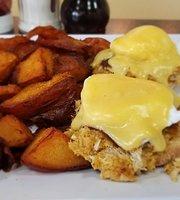 Cracked Egg Diner