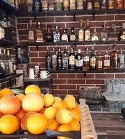 La Baraca Bar & Grill