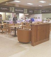 Beales Café