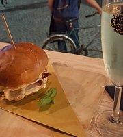 Deo Cafe