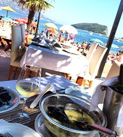 Greco Beach & Restaurant