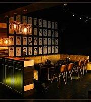 Aurum Club and Kitchen