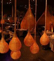 Jardin de Asia Restaurant & Lounge