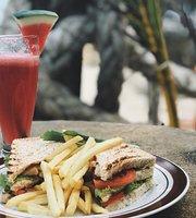 EL Coca Bali