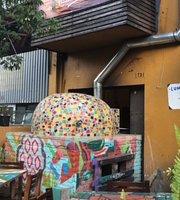 Terraza Petra Pizza a la Leña