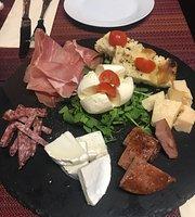 La Fortuna Italian Restaurant